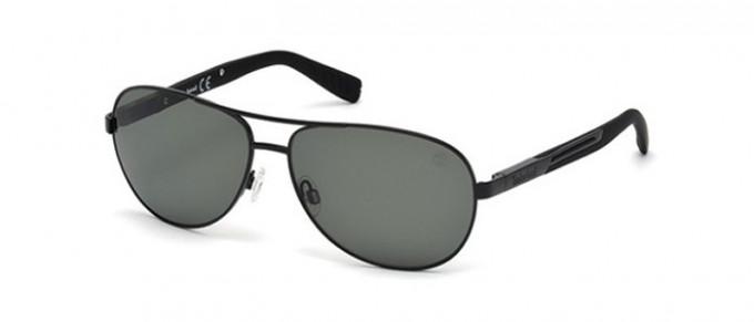 Timberland TB9058 sunglasses in matte black/smoke polarized